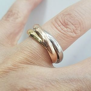 Jewelry - Tri color Wedding Band size 7